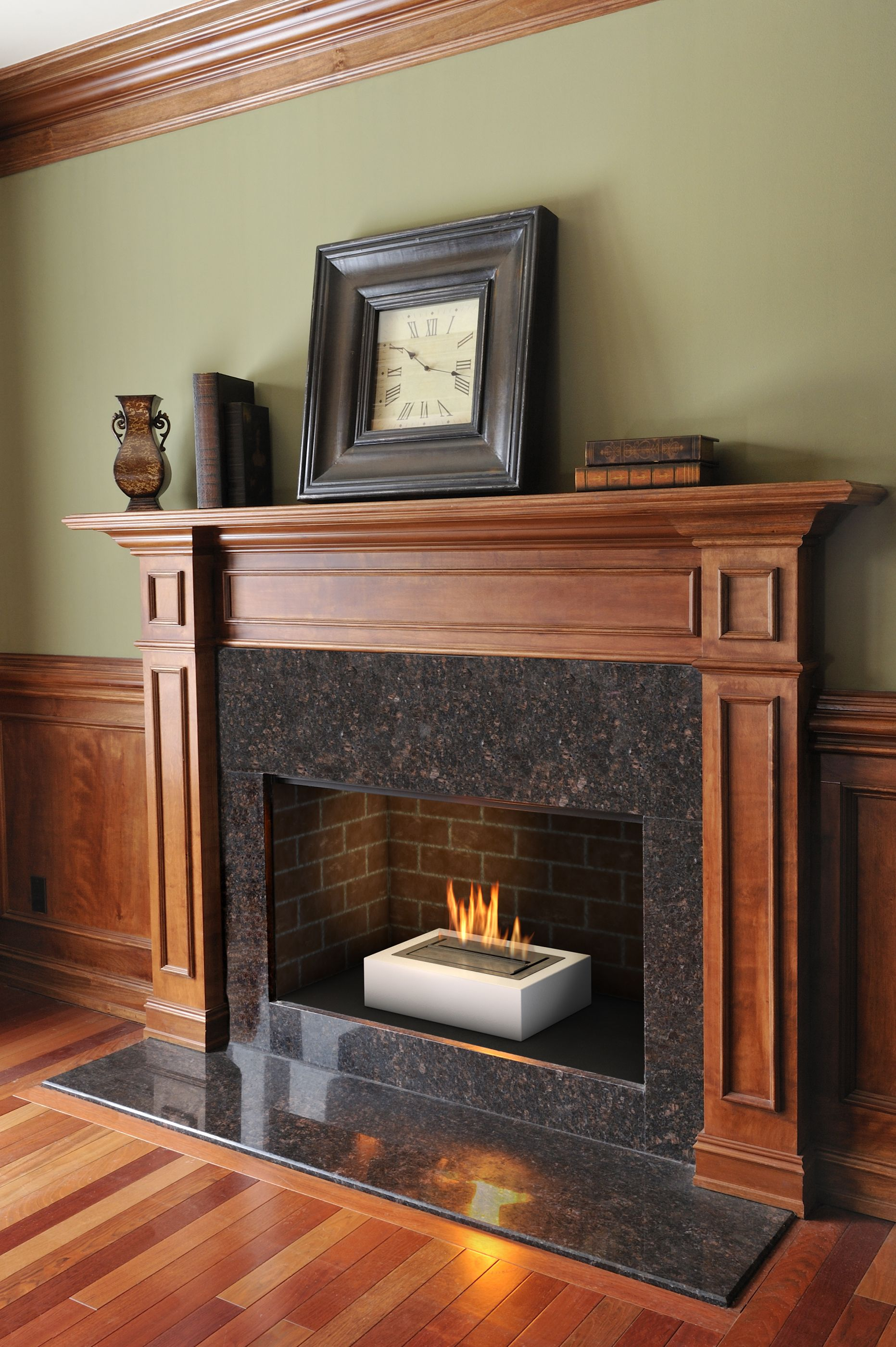 Pin By Trine On Fireplaces Pinterest