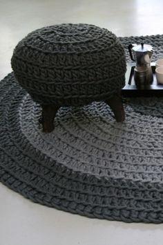 patroon rond vloerkleed haken | Haken, breien en borduren | Rond gehaakt vloerkleed. Door Molitli More