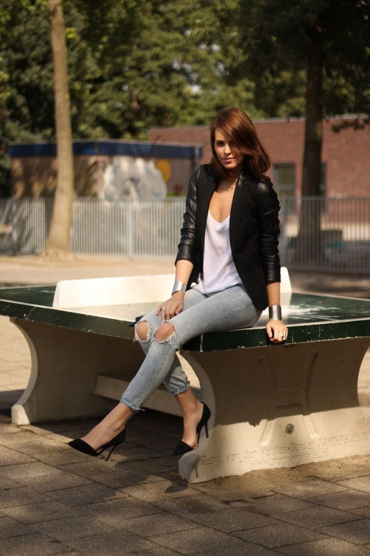 LEATHER ARMS | OUTFIT - Moderosa