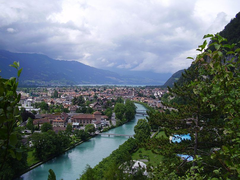 Top 14 Places In Switzerland Places In Switzerland Dream Vacation Spots Places To Visit