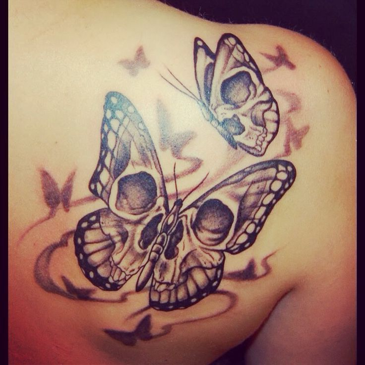 skull butterfly tattoo skull tattoos butterflies skulls tattoo rh pinterest ch Butterfly Skull Tattoo Outlines Butterfly Tattoos Stencils Skull