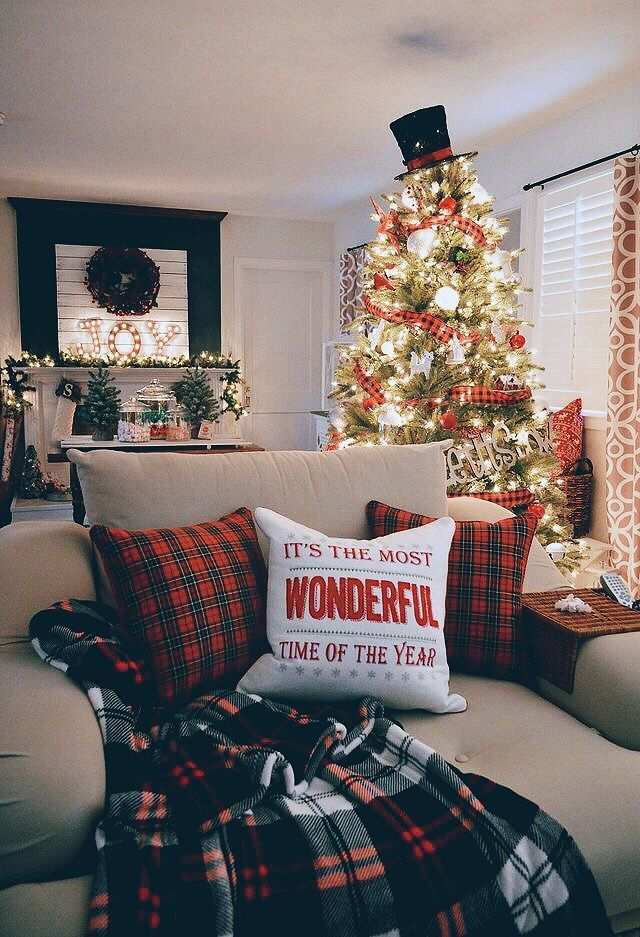 Pin by kristina kollauf on happy holidays christmas home decorations also rh pinterest