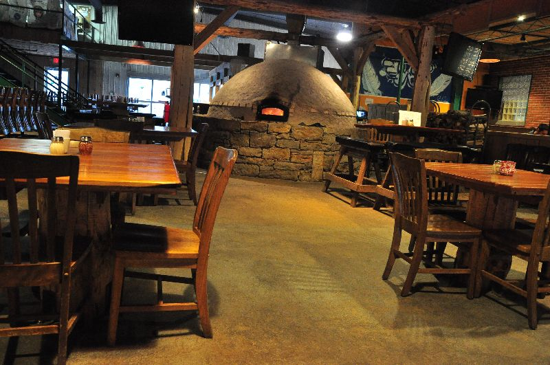 Look At That Fireplace In The Middle Of The Restaurant Doesn T It Just Add Such A Homey Feel To The Whole Place Morgantown Mountain States West Virginia