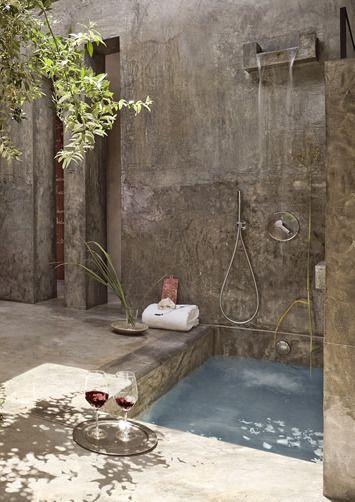 Fußbecken minimalistisch besonders diese dusche hat ein außergewöhnliches
