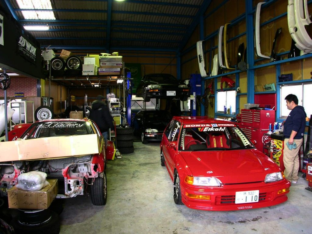 Fixing a car yourself instead of taking it to a dealer or a diy auto repair solutioingenieria Choice Image