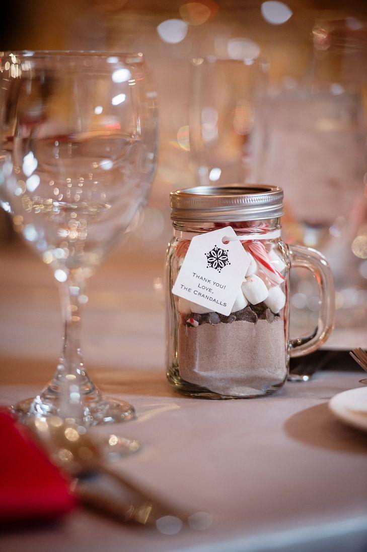 Diy hot cocoa mason jar wedding favors anyafoto httpknot diy hot cocoa mason jar wedding favors anyafoto httpknot solutioingenieria Gallery