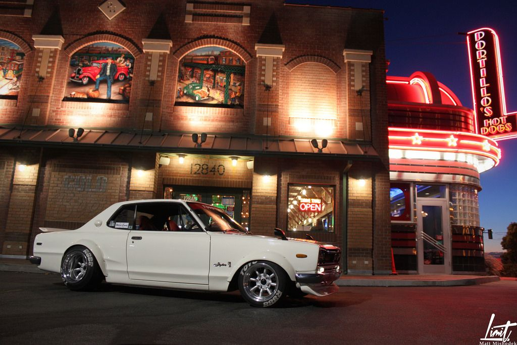 Starring: Nissan Skyline (by Limit Photo)