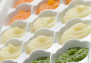 How to Freeze and Thaw Baby Food Purees?