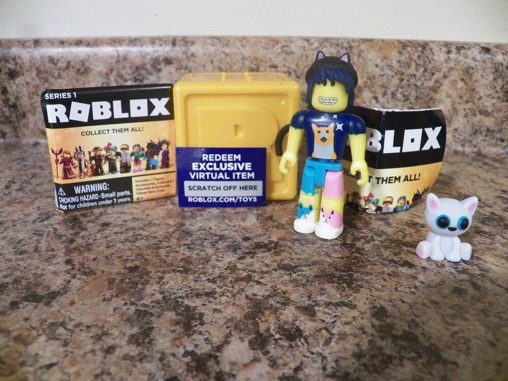Bloggin All Cats Roblox Gold Box Series 1 Rare Toy 3 Figures