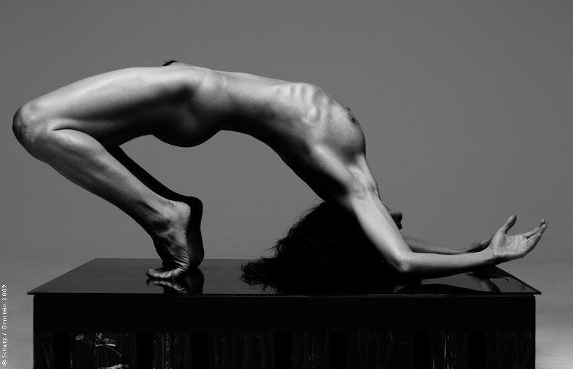Human Body By Howard Schatz Body And Light Pinterest Human Body - Physical movement turned amazing art