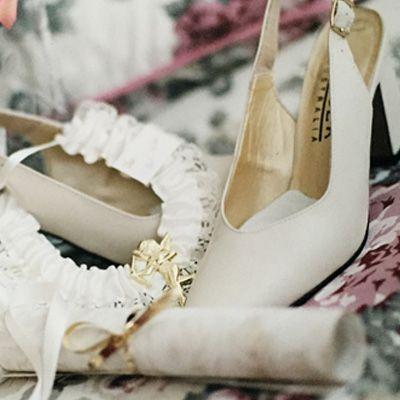 Photo of cheap accessories – LaBelleRobe.com