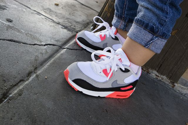 newest 9a87f 1e197 Nike Air Max 90 Infrared