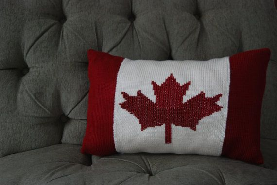 Canadian Flag Pillow Would Be Great For Canada Day Flag Crafts