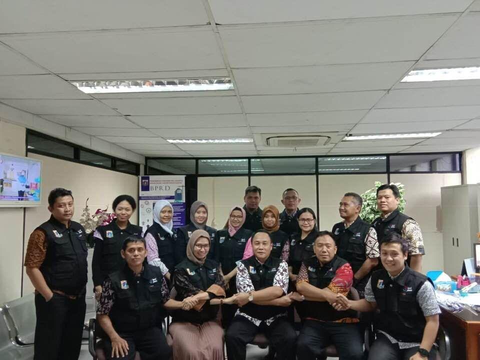 Tim Pemeriksa Dari Suku Badan Pajak Dan Retribusi Jakarta Timur Siap Melaksanakan Tugasnya