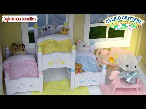 Sylvanian Family Calico Critters Triple Bunk Bed Set Unboxing