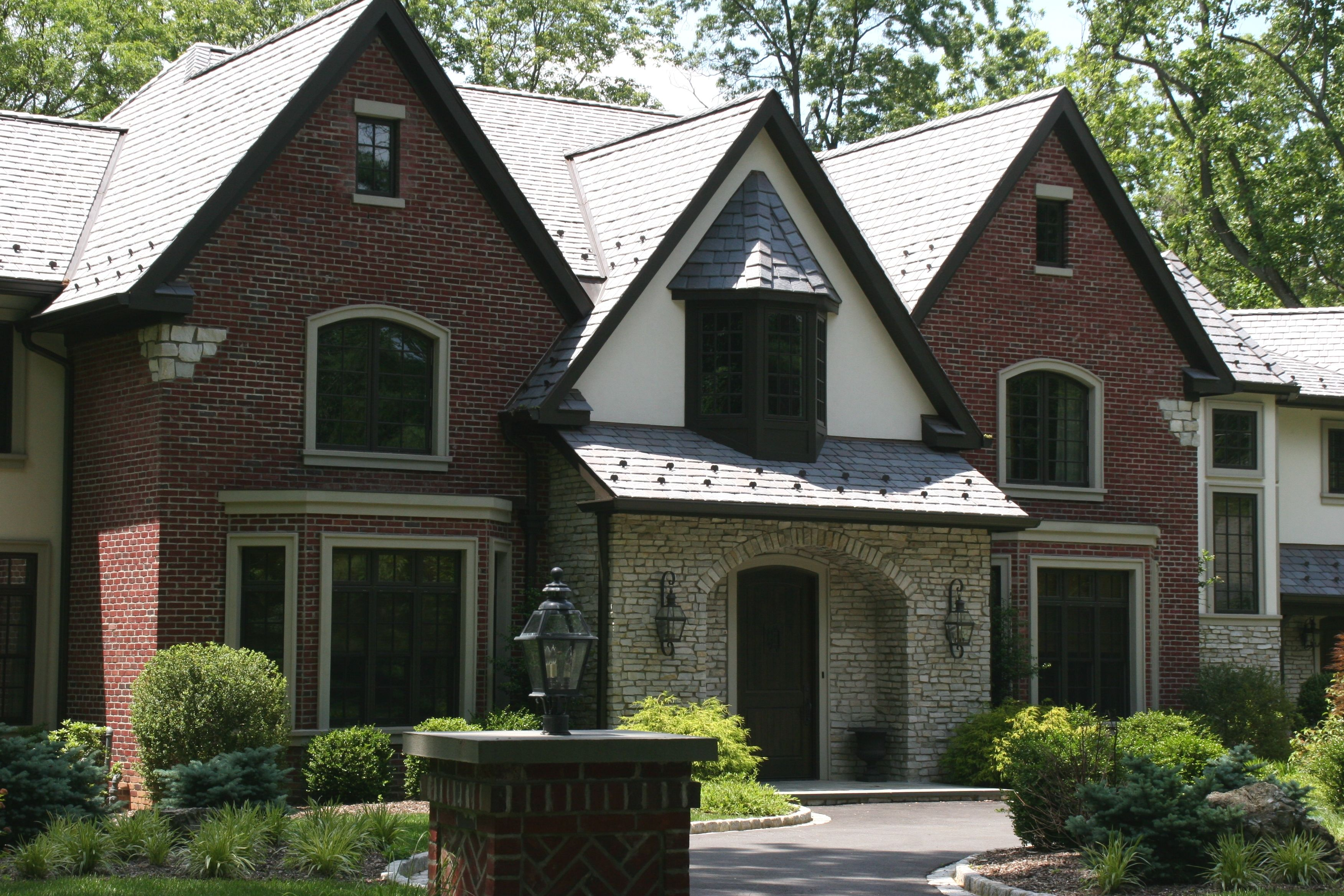 Brick with stucco and stone combinations exterior - Exterior brick and siding combinations ...