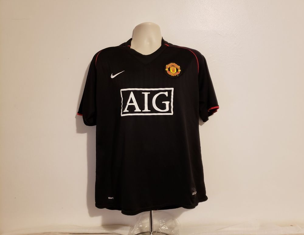 reputable site 0d23c 2911b Pin on Football Clothing