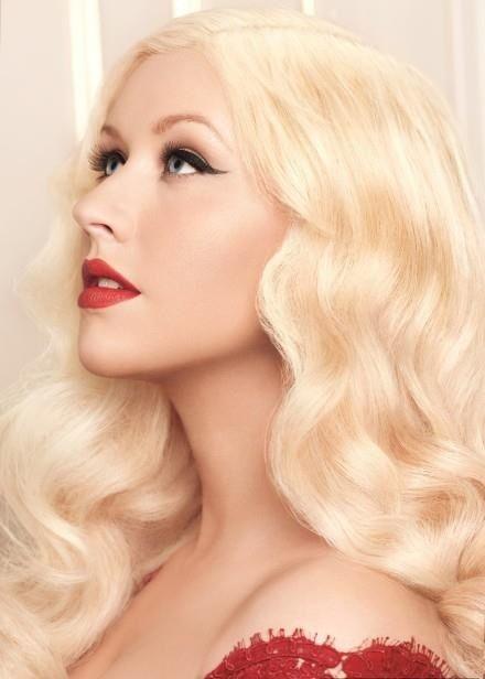 Christina Fragrance Frisur Hochgesteckt Frisuren Christina Aguilera