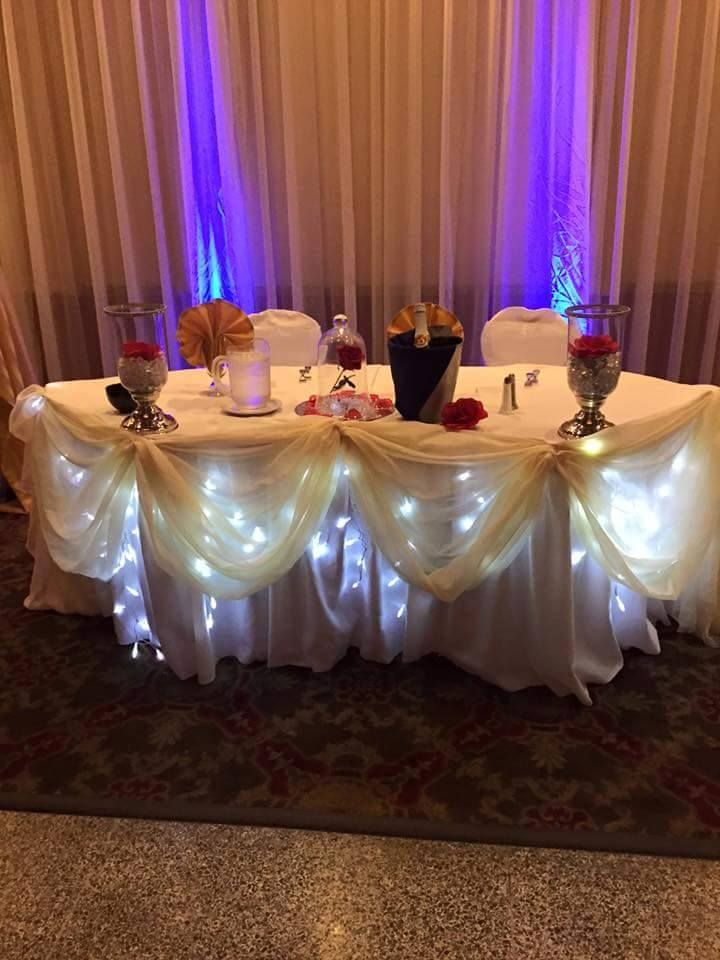 Beauty and the beast wedding sweetheart table with for Beauty and beast table decorations