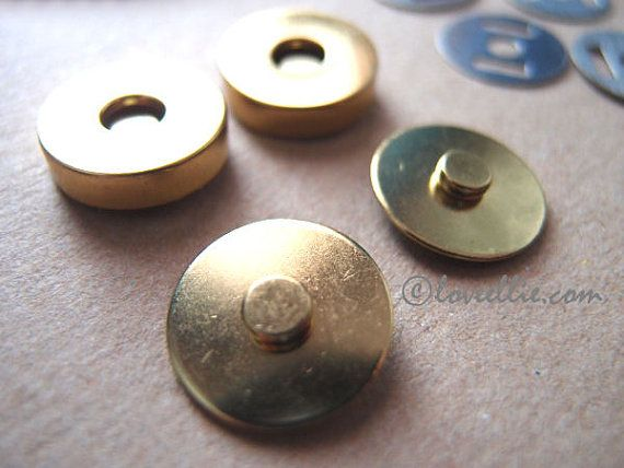 Magnetic Snaps Bag Purse Fastener Gold colour 18mm Regular Style - pack of 2 - Bag Making Supplies by LoveEllieBagMaking Find it now at http://ift.tt/2b5z8xc!