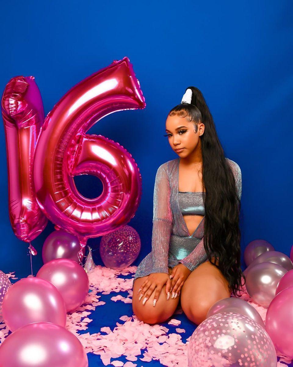 34th Birthday Photoshoot Ideas In 2021 Cute Birthday Pictures Birthday Photoshoot Birthday Girl Pictures