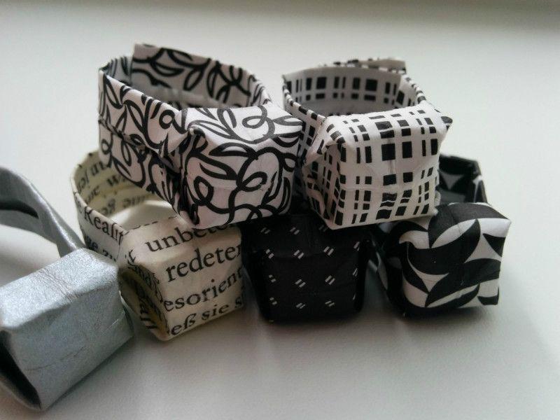 ringe aus papier gefaltet paper papier schmuck papier. Black Bedroom Furniture Sets. Home Design Ideas