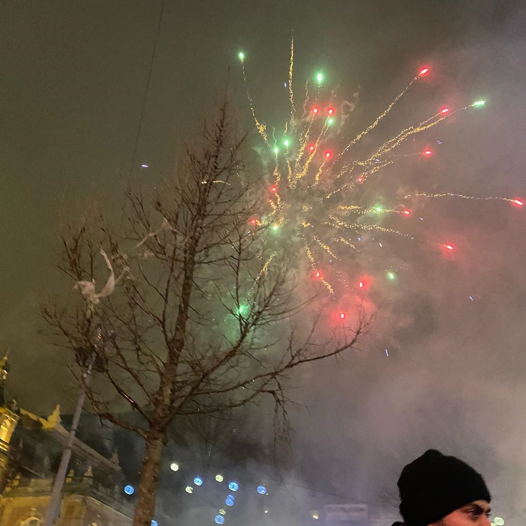 New Years Eve 2020 Amsterdam Amsterdam Holland Dutch 2020 Newyearseve Party Fireworks Leidseplein Bulldog Celebration New Year S Eve 2020 Christmas Movies Fireworks
