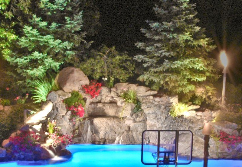 Pool, Pond and Waterfall Lighting   Outdoor Accents Lighting