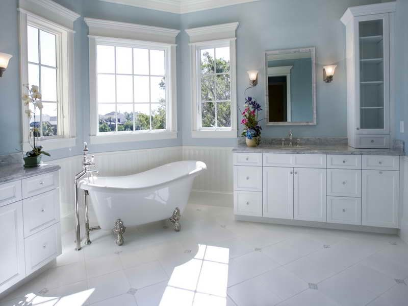 Bathrooms with Clawfoot Tubs Bathrooms With Clawfoot Tubs With Lamp