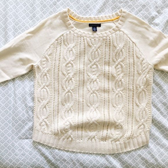 White Cable Knit Sweater Size M, Tommy Hilfiger brand, never worn, NWOT Tommy Hilfiger Sweaters