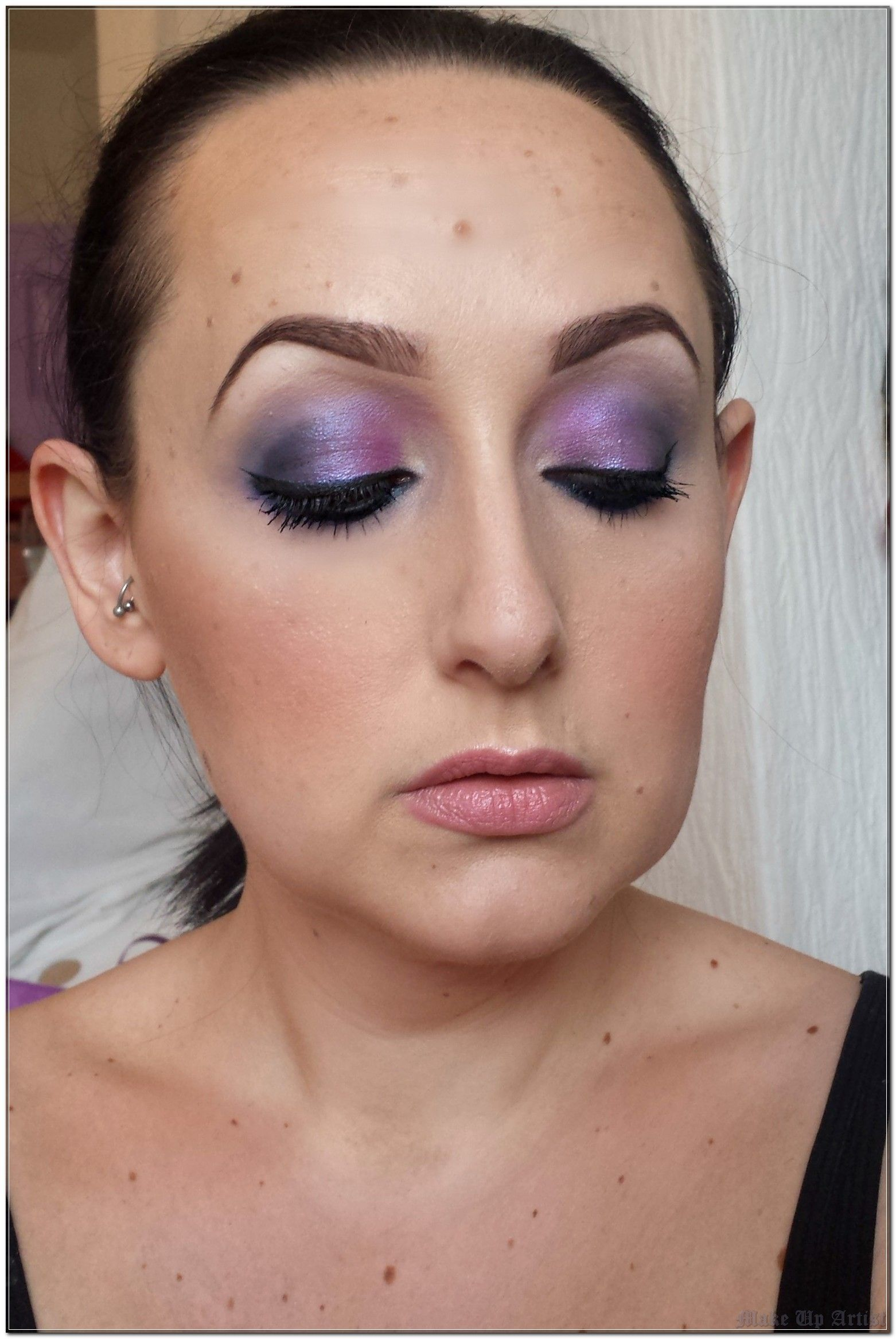 How To Teach Make Up Artist Better Than Anyone Else