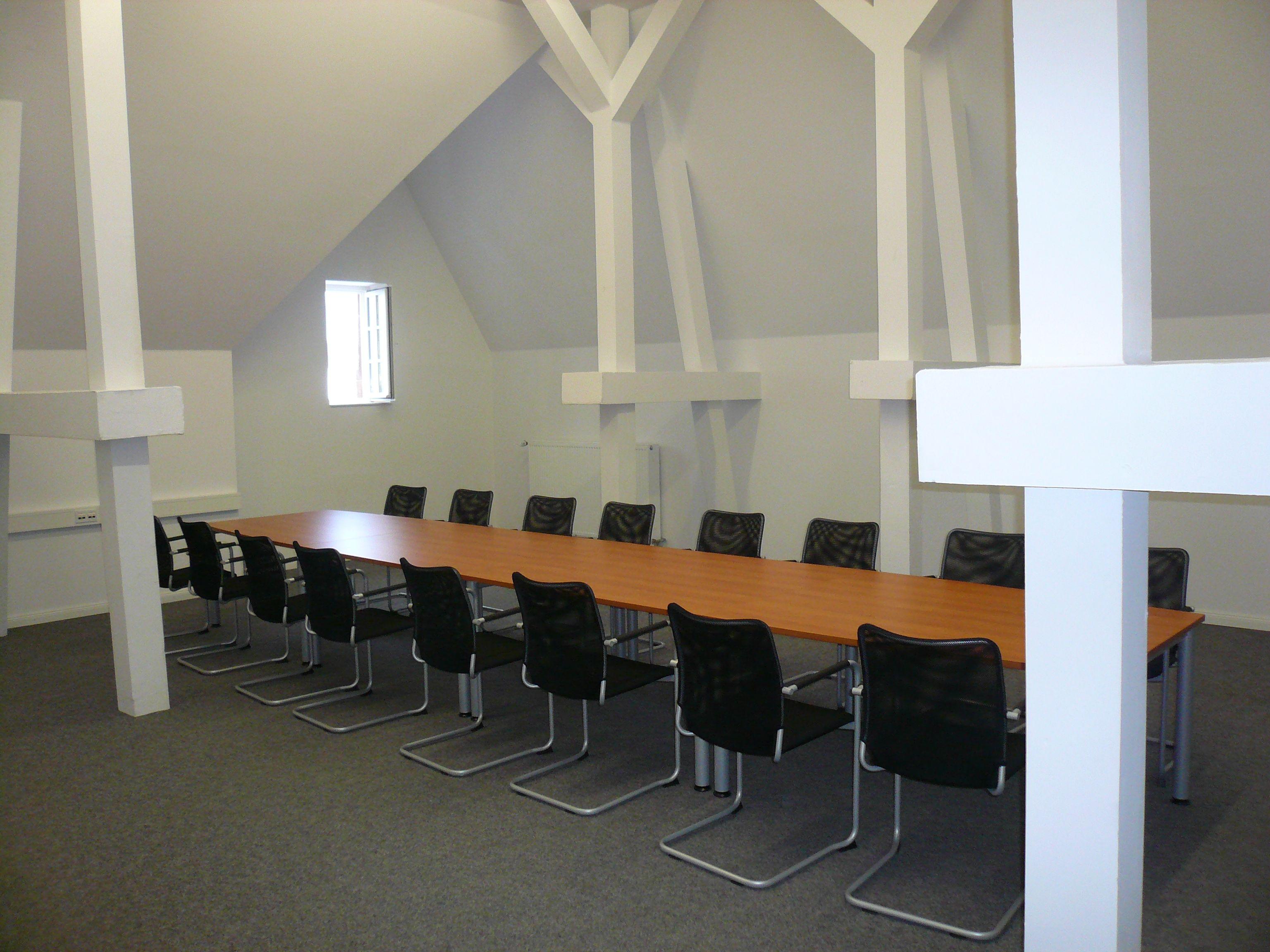 Expan Büromöbel pin by expan büromöbel gmbh on besprechungstisch konferenztisch