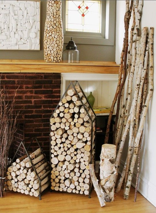 wood storage fireplace chemin es stockage du bois pinterest deco bois et rangement. Black Bedroom Furniture Sets. Home Design Ideas