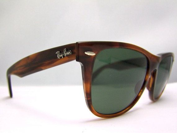 Ray Ban Wayfarer 2 Tortoiseshell Vintage Bausch And Lomb Usa With Case Rayban Wayfarer Ray Bans Ray Ban Sunglasses Outlet