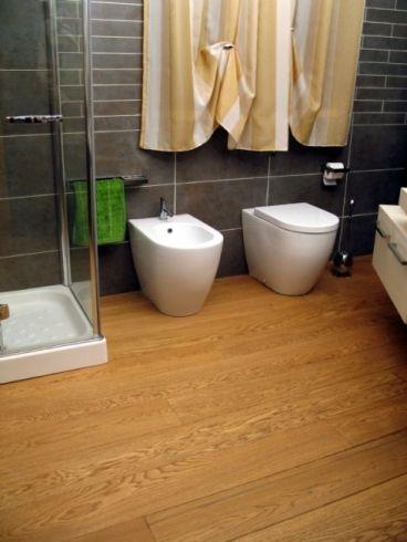 Bagno pavimento legno cerca con google bagno pinterest - Pavimento in legno bagno ...