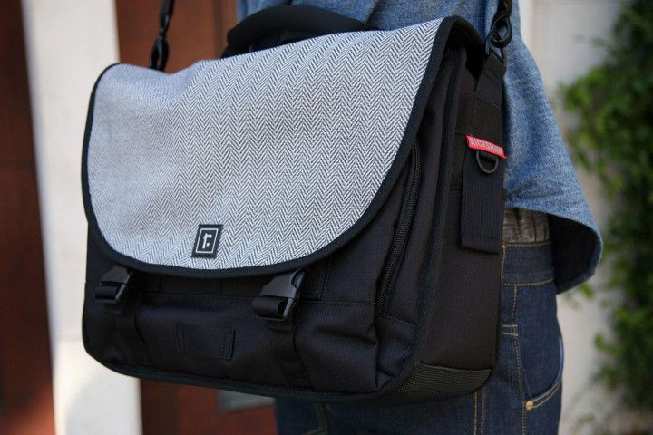 25 awesome laptop bags for everyone, from students to ...