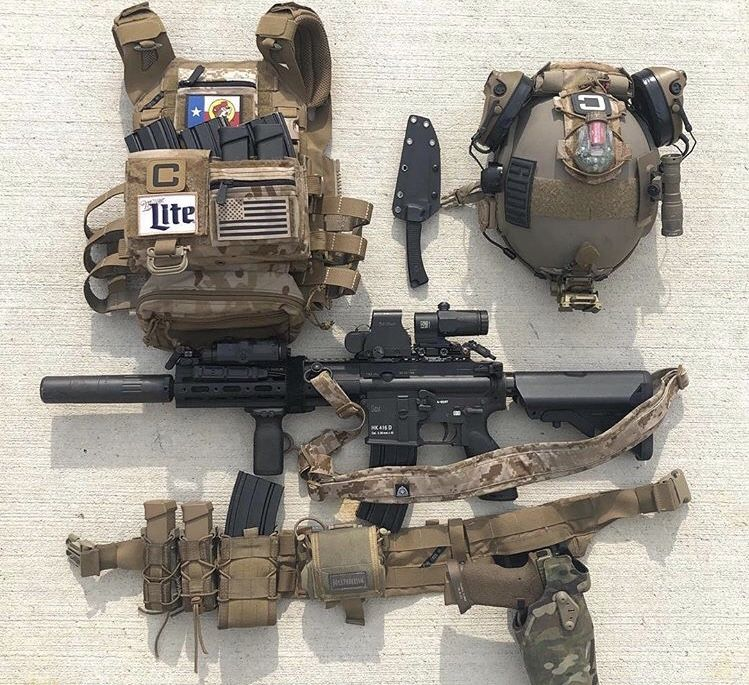 Pin By Ian Fawks On Iotv Set Up With Images Tactical Gear