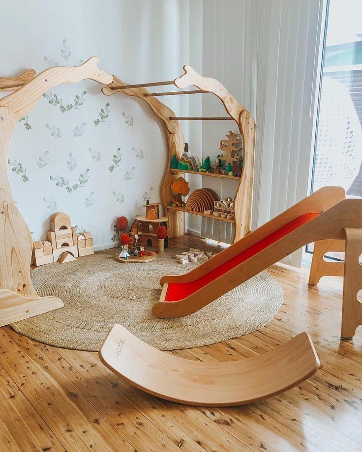 Playroom Montessori Waldorf wooden toys #woodendiy #salledejeuxenfant