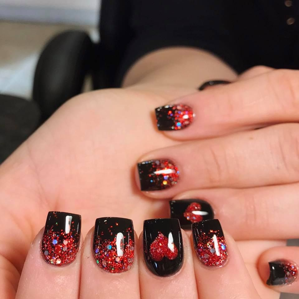 Sparkly Short Square Red Black Nails For Valentines Day Nail Designs Valentines Valentine S Day Nails Red Black Nails