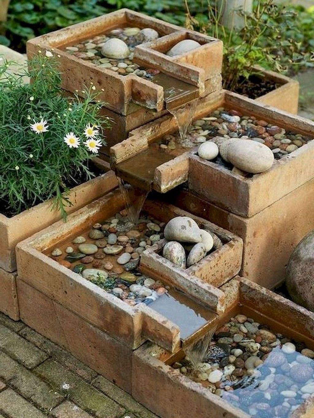 30 Unordinary Water Feature Front Yard Backyard Landscaping Ideas