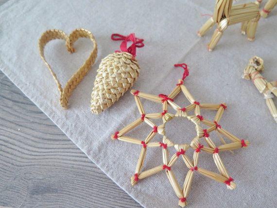 Set of 12 Swedish Vintage Woven Straw Christmas от FoxBoxMarket - christmas decors