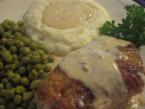 Paprika Chicken With Sour Cream Gravy Recipe Food Com Recipe Paprika Chicken Grilled Fish Recipes Cream Gravy