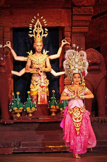 Siamese Dancer Dancer Female Dancers Dance Movement