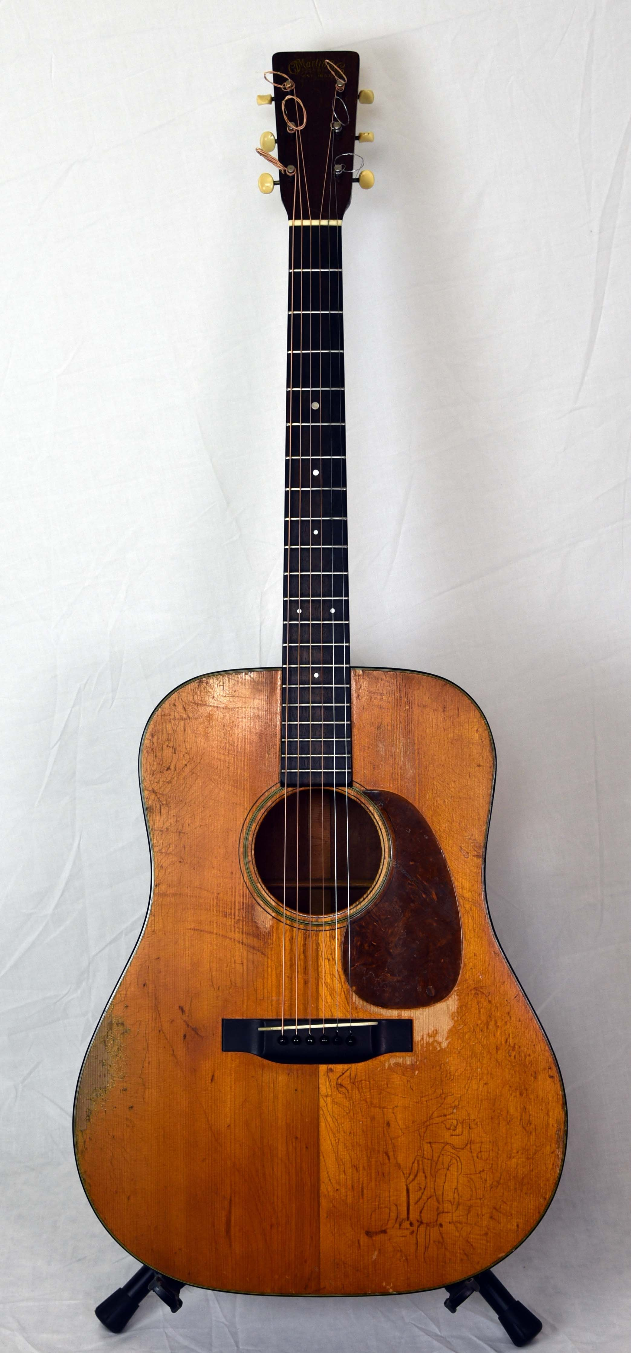 Martin Guitars For Sale >> Martin D 18 1944 Westwood Music Tradition Since 1947