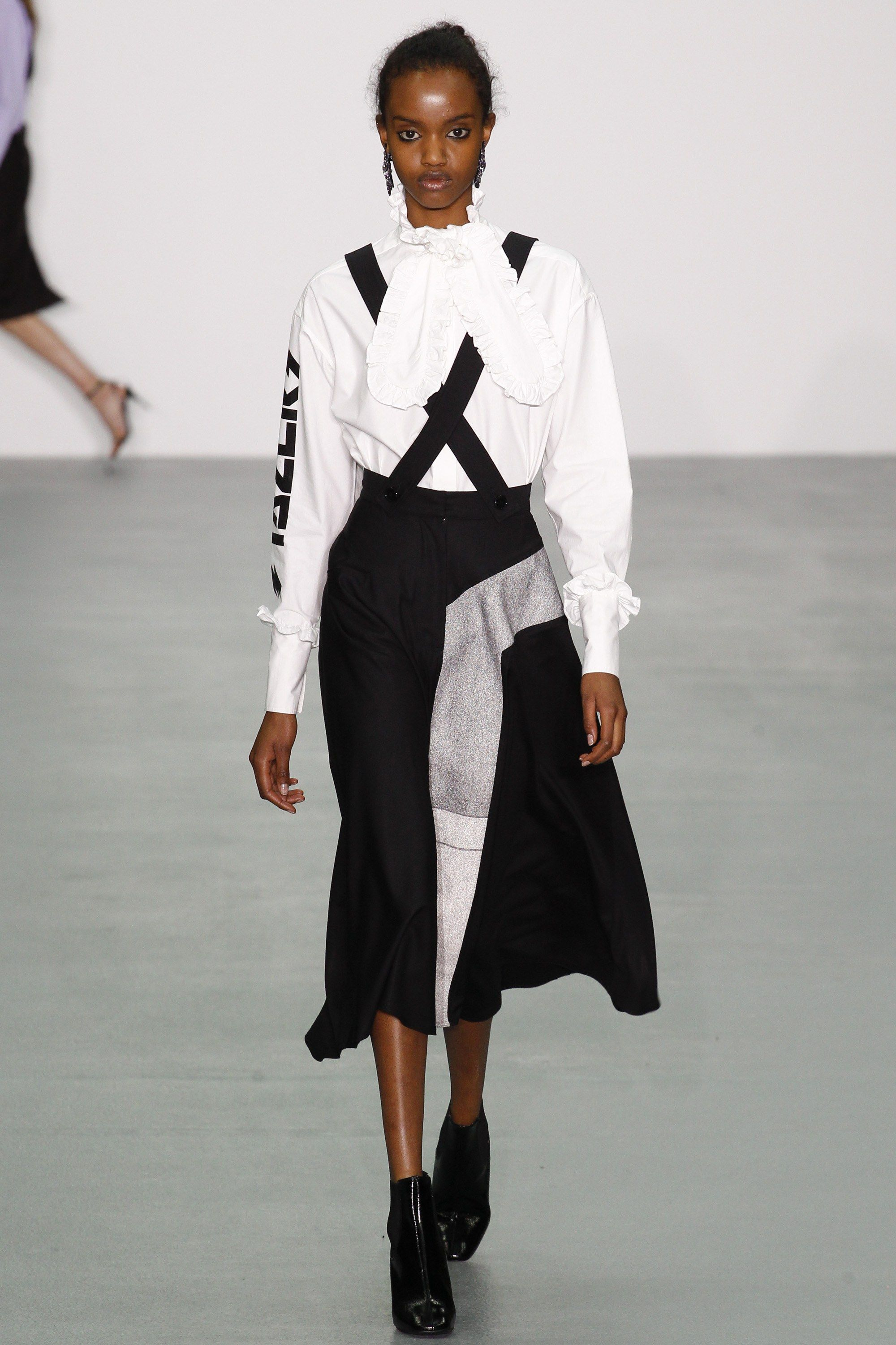 Ashley Williams Fall 2016 Ready-to-Wear Collection Photos - Vogue