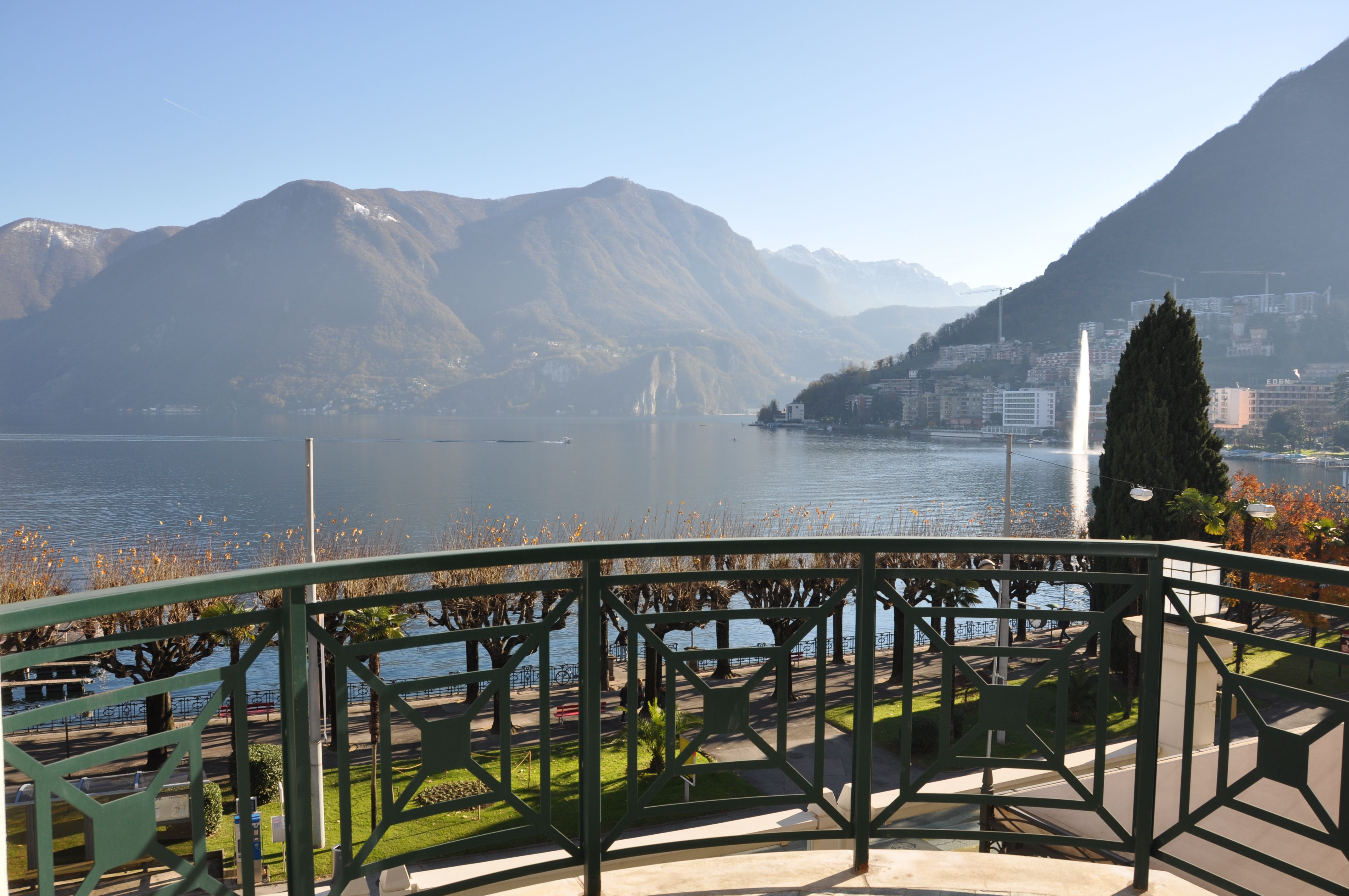 Vista lago di Lugano http://www.newdreams-realestate.com/property/appartamento-di-lusso-nel-centro-di-lugano/