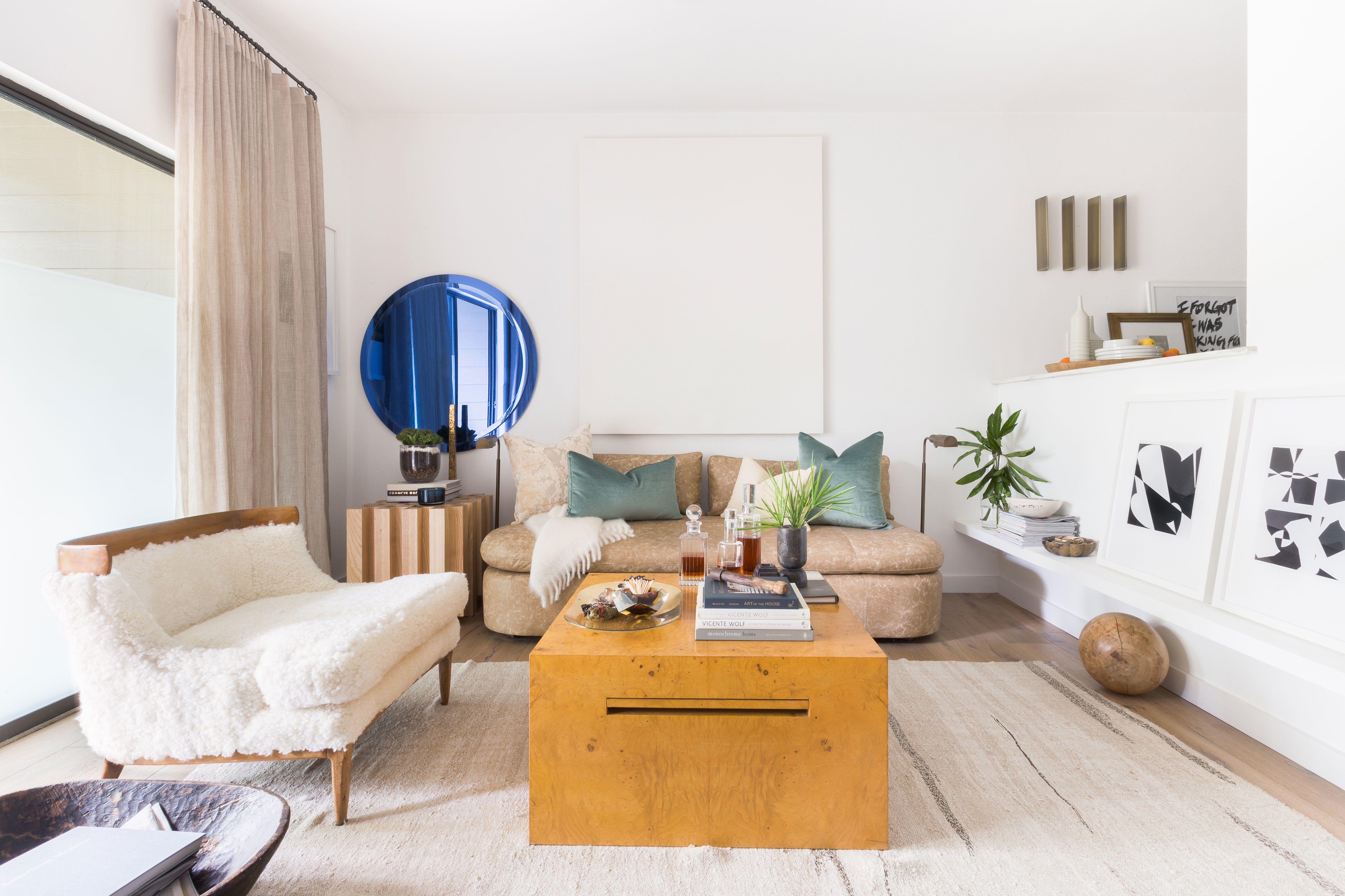 A 700-Square-Foot Austin, Texas, Home Designed for Hosting a Dozen ...