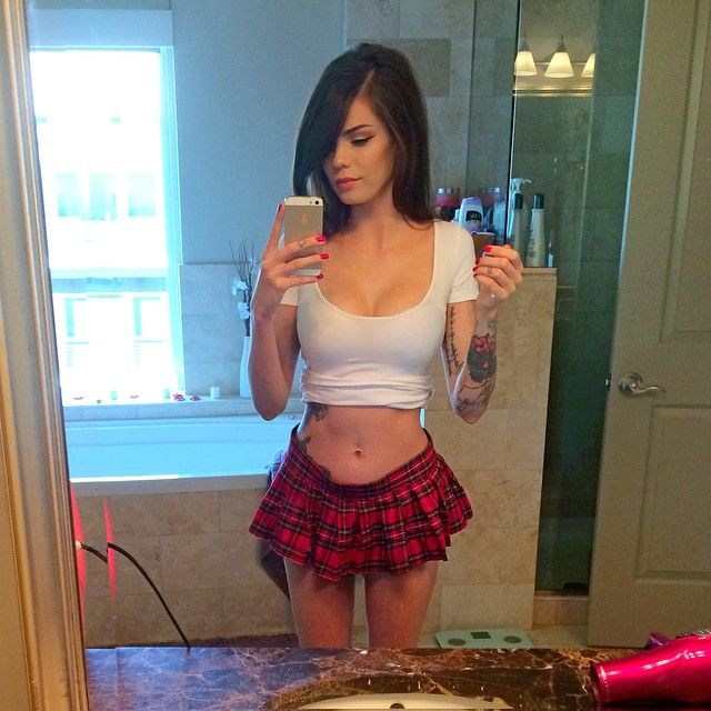 Las vegas hot girl selfie opinion obvious