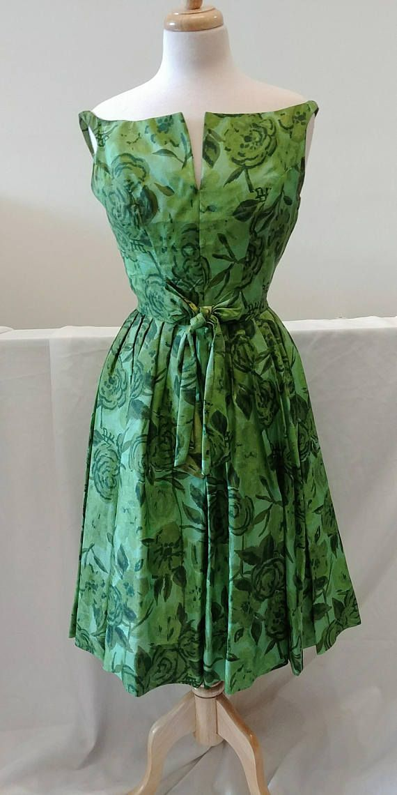 a1e3cd26626b 1950's Vintage Floral Big Roses in Various Tones of Green Silk Thin ...