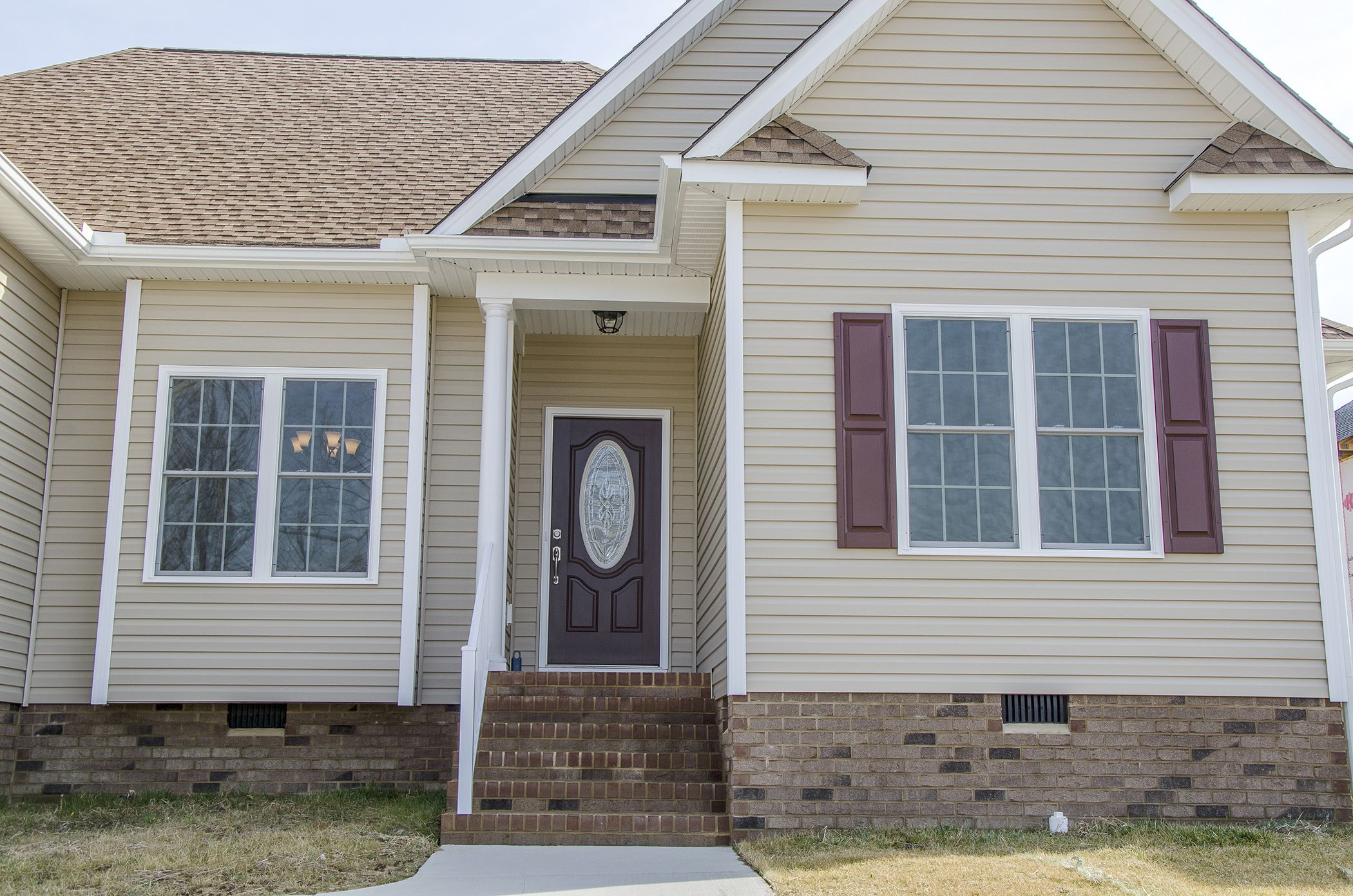 Best Custom Home With Beautiful Curbappeal Love The Tan 400 x 300